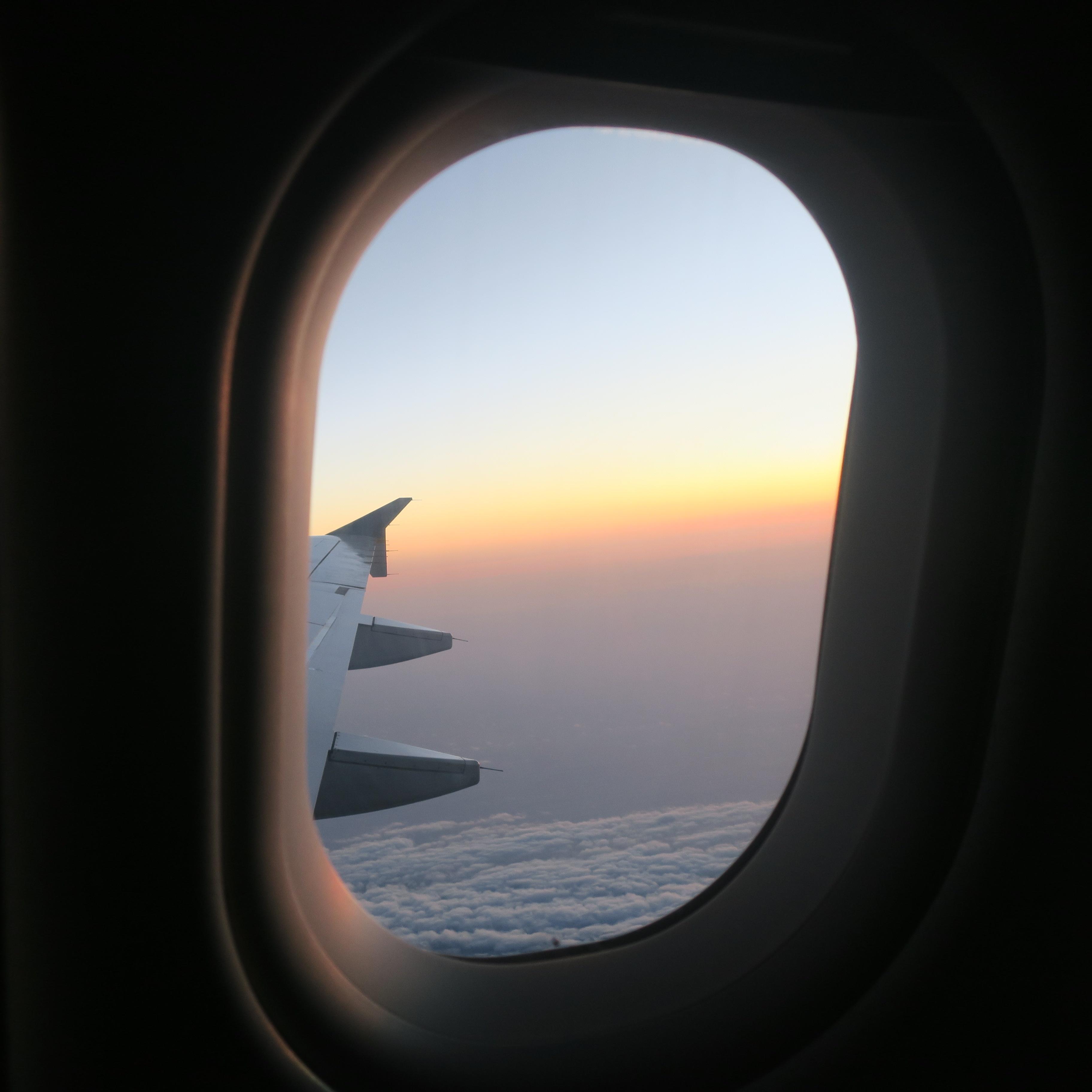 voyager avec un enfant hublot avion